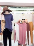 Lavori o indumenti a maglia asimmetrici del mohair di modo delle donne del bordo di colore di contrasto