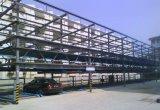 Estructura de acero usada en garage tridimensional