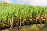 Stuoie dell'erba di gioco del calcio ed erba artificiale per il giardino