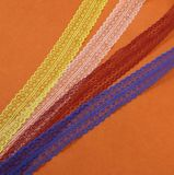 Commerce de gros plus de choix de couleur 4,5 cm Non-Elastic dentelle pour vêtement