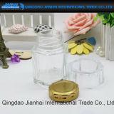 Handgemachte Essiggurken und Stau-Speicher-Glasflasche für Küche