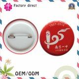 regalo de promoción de la moda botón plástico pasador de metal Logo