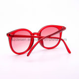 Оптовые новые модные изготовленный на заказ солнечные очки женщин PC