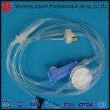 重力の注入セットが付いている使い捨て可能で精密な医学の液体フィルター