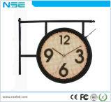 DEL injectée autour du signe au néon faux avec l'horloge de compte à rebours