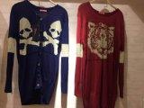 女性のカジュアルウェアのためのいろいろな種類のセーターのコート