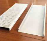 Normales und perforiertes Aluminium C - geformte Decke