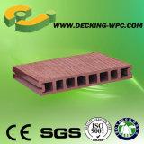 Plancher composé bon marché imperméable à l'eau de Decking de la cavité WPC de bonne qualité