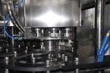 Máquina de rellenar líquida del agua automática