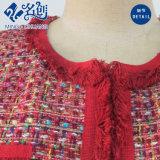 Roter glücklicher gestrickter Taschen-Form-Dame-Mantel