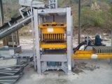 Ligne creuse manuelle de production à la machine de brique