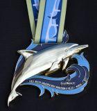 Le métal de logo de la gravure 3D folâtre la médaille avec la bande colorée