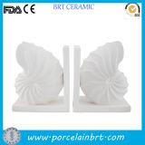 Reso personale progetta i reggilibri per il cliente di ceramica