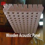 木の音響パネルの壁パネルの天井板の装飾のパネル