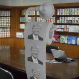 Donald Trump a estampé le papier de soie de soie de salle de bains de nouveauté de rouleau de papier hygiénique