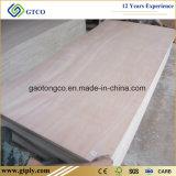 piel de la puerta de la madera contrachapada de Okoume de la base del álamo de 820X2150X2.7m m