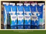 Semi-automatique de la machine de remplissage carton de lait de soya