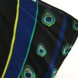 Il quadrato di seta dello scialle della stampa di 100% Digital ha graduato lo scialle secondo la misura di seta Sc030 del raso di modo di seta della sciarpa