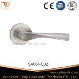 Poignée de levier de porte en acier inoxydable Ss 304 ou 201 (S4008-ZR02)