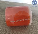 Gelber Film mit dem kundenspezifischen Entwurf gedruckt und Paket