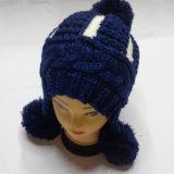 POM POM Kabel-Hand Knitted Winter-Hutbeanie-Schutzkappe