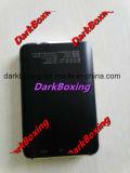 La Banca mobile portatile di potere con il caricabatteria degli accessori del telefono