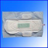 日夜のための絹の表面の生理用ナプキンは使用する