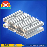 용접 장비를 위한 열 싱크가 바람 냉각 알루미늄에 의하여 윤곽을 그린다