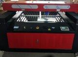 金属および非金属のための自動焦点レーザーの金属の打抜き機