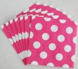 Nuevas servilletas de papel disponibles diseñadas de los puntos de polca para la boda
