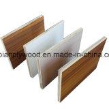 1220 X 2440 melamina, laminados, papel de colores frente la madera contrachapada