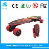 성숙한 아이를 위한 4개의 바퀴를 가진 전기 접히는 스케이트보드