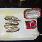 Mejor calidad de las conservas de sardina el pescado con jugo de limón
