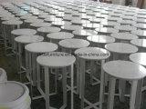 Гостеприимство, кофейный столик и круглого стола кофе
