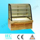 Изогнутый стеклянный холодильник индикации торта