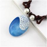 De Halsband van de Nauwsluitende halsketting van het Suède van het Leer van tegenhangers voor de Juwelen van de Meisjes van Vrouwen