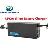42V2a Li 이온 배터리 충전기 36V 각자 균형을 잡는 스쿠터 리튬 배터리 충전기