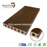 Vloer Decking van de Co-extrusie WPC van de Fabrikant van Foshan de Houten Plastic