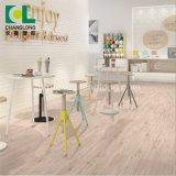 Le bois en vinyle de luxe de gaufrage PVC planche de revêtement de sol de mosaïque, ISO9001 Changlong Clw-27