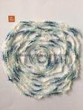 뜨개질을 하는 털실 70% 나일론, 30% 폴리에스테