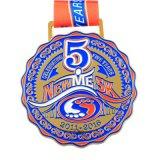 浮彫りにされたロゴの亜鉛合金の苦闘するメダルをカスタム設計しなさい