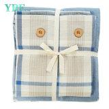 Insieme blu tessuto del Comforter dell'hotel poco costoso di prezzi