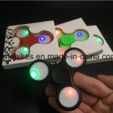잡종 세라믹 방적공과 가진 놀 방적공 싱숭생숭함 장난감 LED 가벼운 세 배 방적공