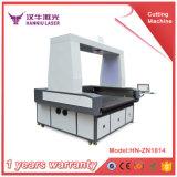 L'alimentation automatique du vêtement de sport Machine de découpe laser de tissu à la suite de la fonction de coupe