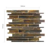 壁の台所のための装飾的な線形ステンドグラスのタイルのモザイク