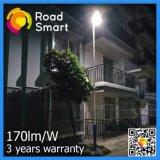 lumières solaires intelligentes de stationnement de route de 170lm/W DEL avec le mouvement Senosr