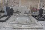 Hart Gevormde Grafsteen voor de Monumenten van het Graniet
