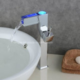 Cascade Self-Power 3 LED de couleur de l'eau du bassin du robinet en laiton