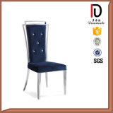 Moderner Edelstahl-Stuhl