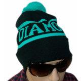 Шлем шлема Beanie Co поставкы диаманта связанный зимой с POM POM